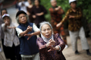 I do loves me some granny t'ai chi though! There are some lard-ass Western grannies who could learn a thing or two.